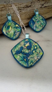 Blue and Green Flower Pendant set