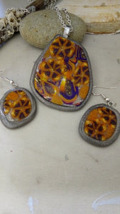 Orange and Purple Starburst Flowers Pendant set