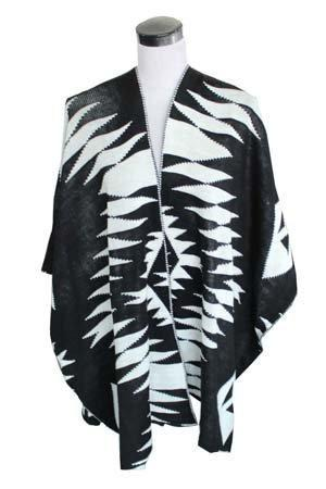 Traditional Poncho - Black & White Feathers - Fashion4