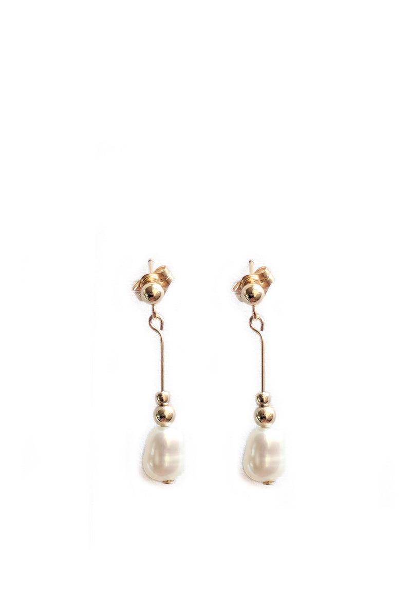 Meghan Pearl Dangle Earrings - S-kin Studio Jewelry | Minimal Jewellery That Lasts.