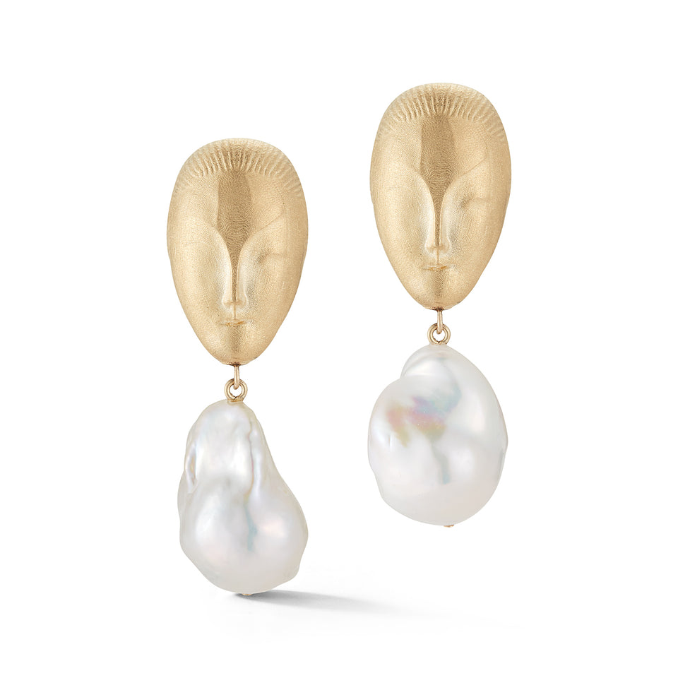 Eve Baroque Pearl Earring
