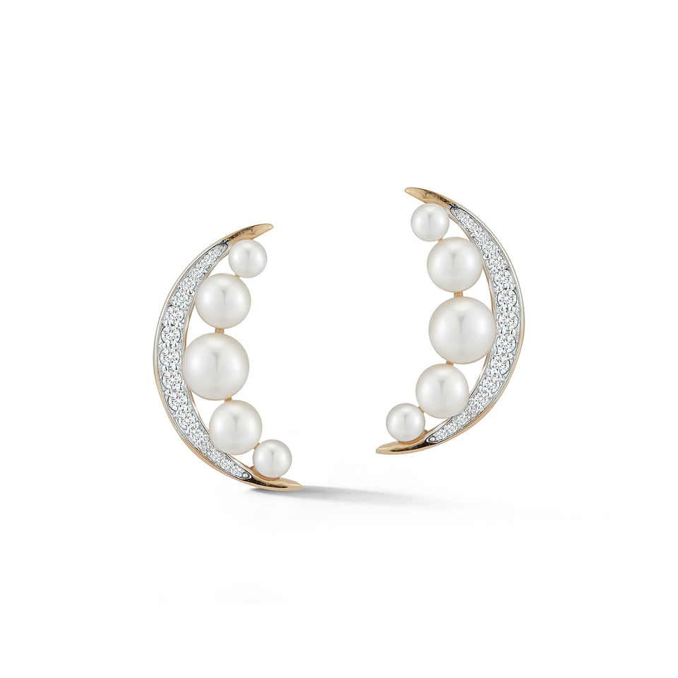 14kt Gold Pearl Crescent Moon Earring