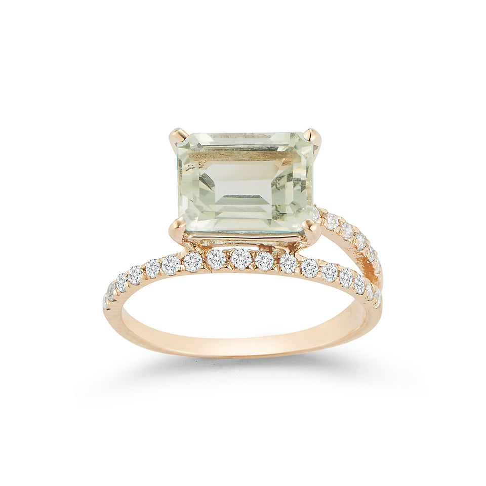 14kt Gold Green Amethyst Point of Focus Ring