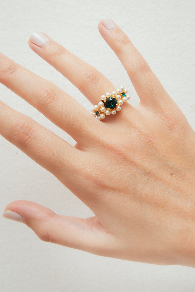 ATHENAIS EMERALD RING