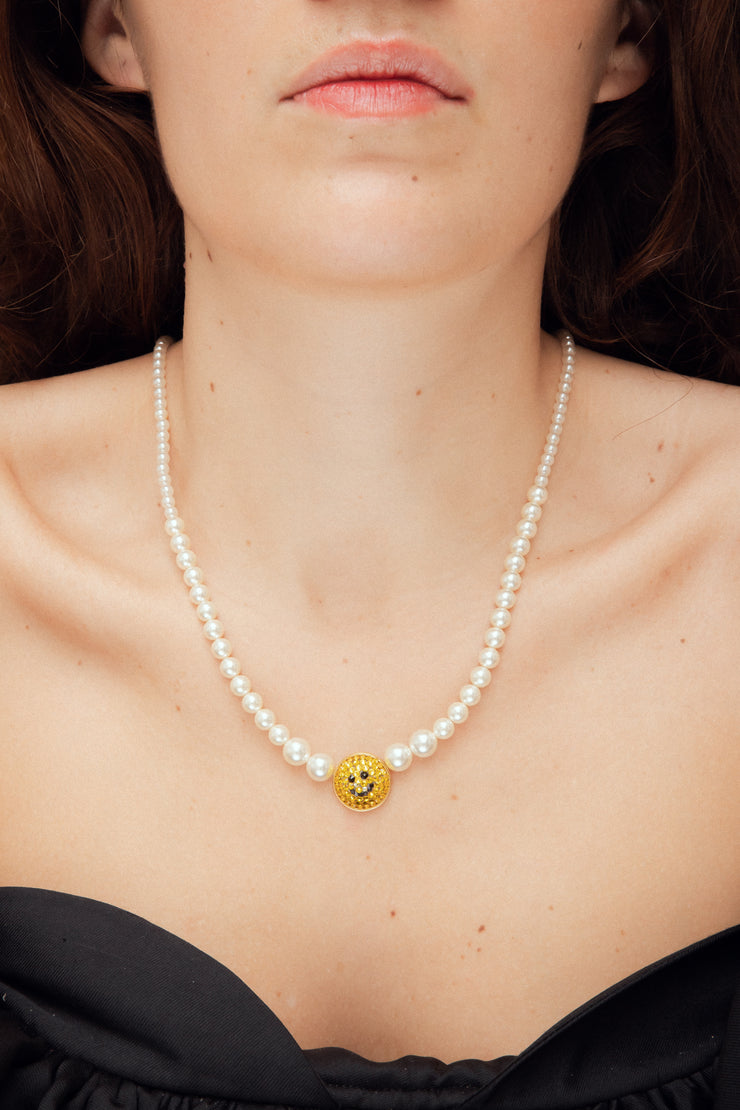 PEARLS SMILE NECKLACE