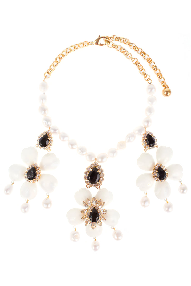 DAHLIA WHITE NECKLACE