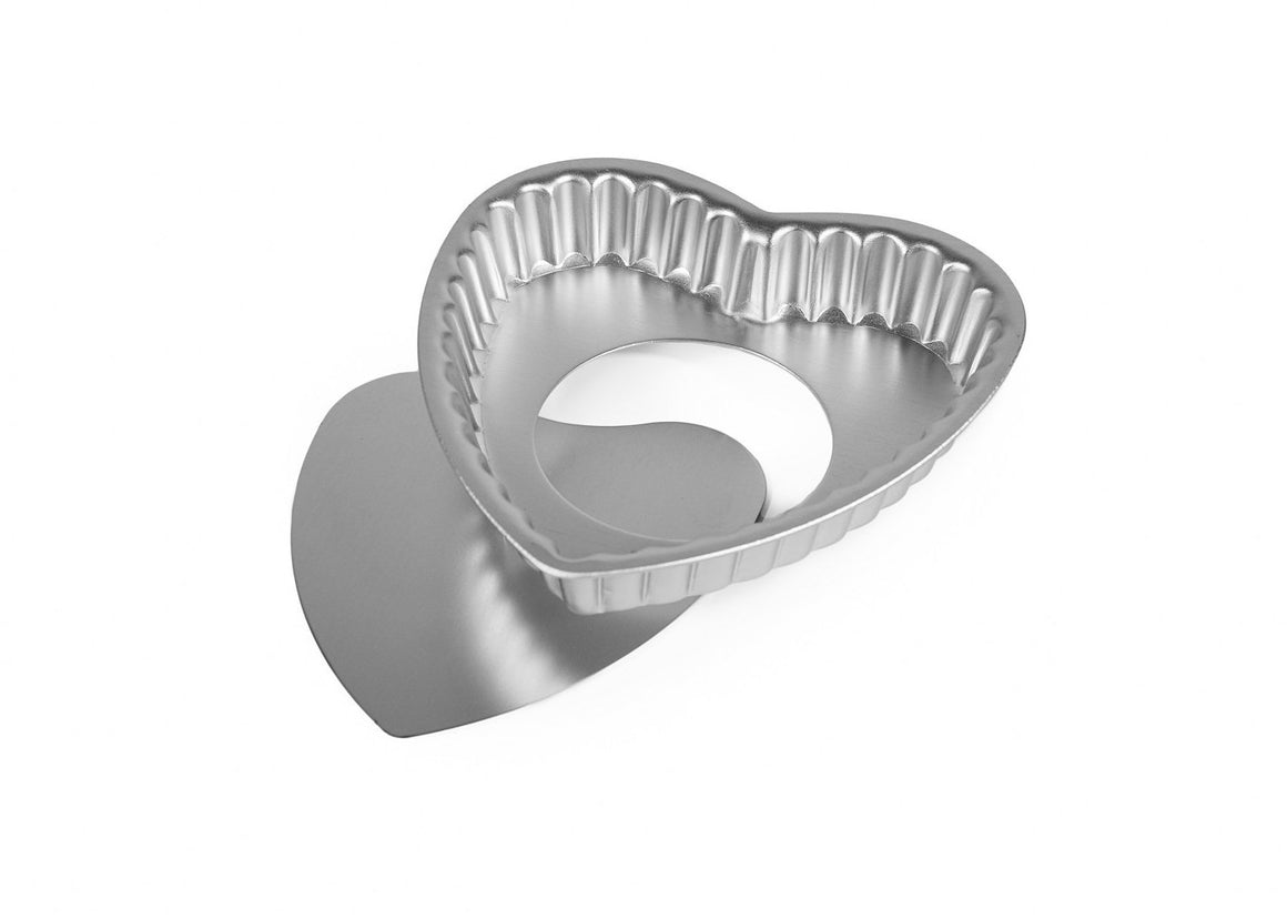 12cm Heart Shaped Flan Tin, Loose Base