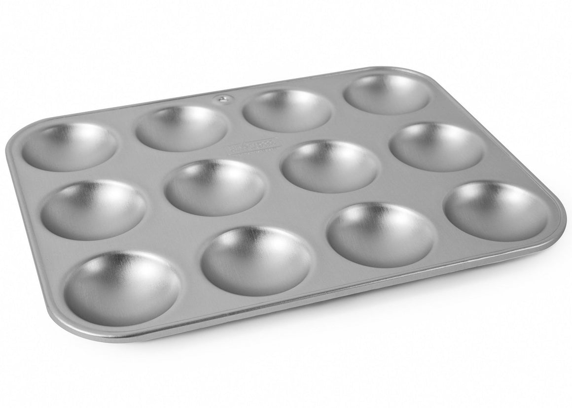 Silverwood bakeware  12x9 inch Twelve Hole Bun Tray