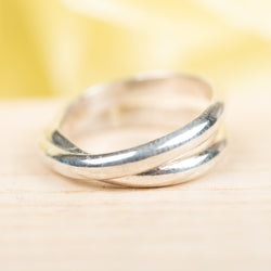 Half-Round Criss Cross Ring, Size 3.5