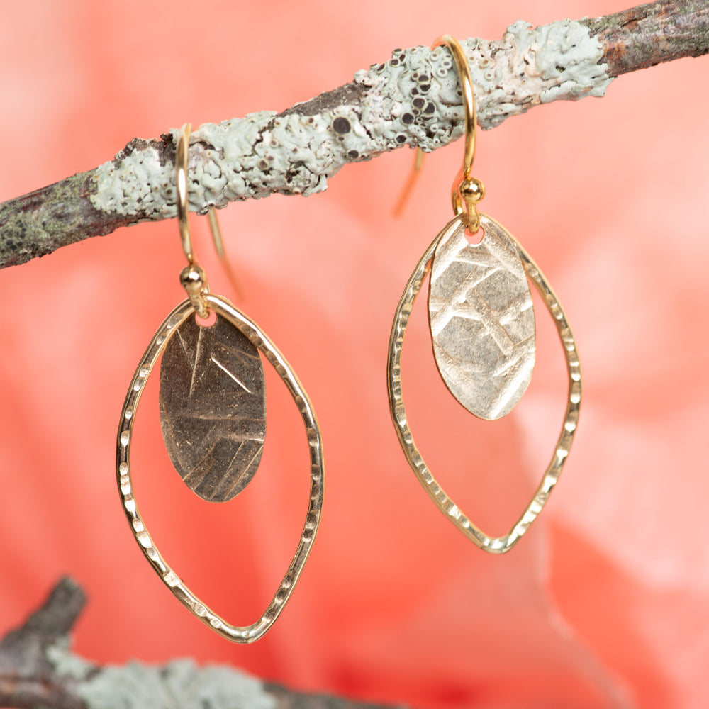 Mini Open Leaf With Textured Oval Disc Earrings