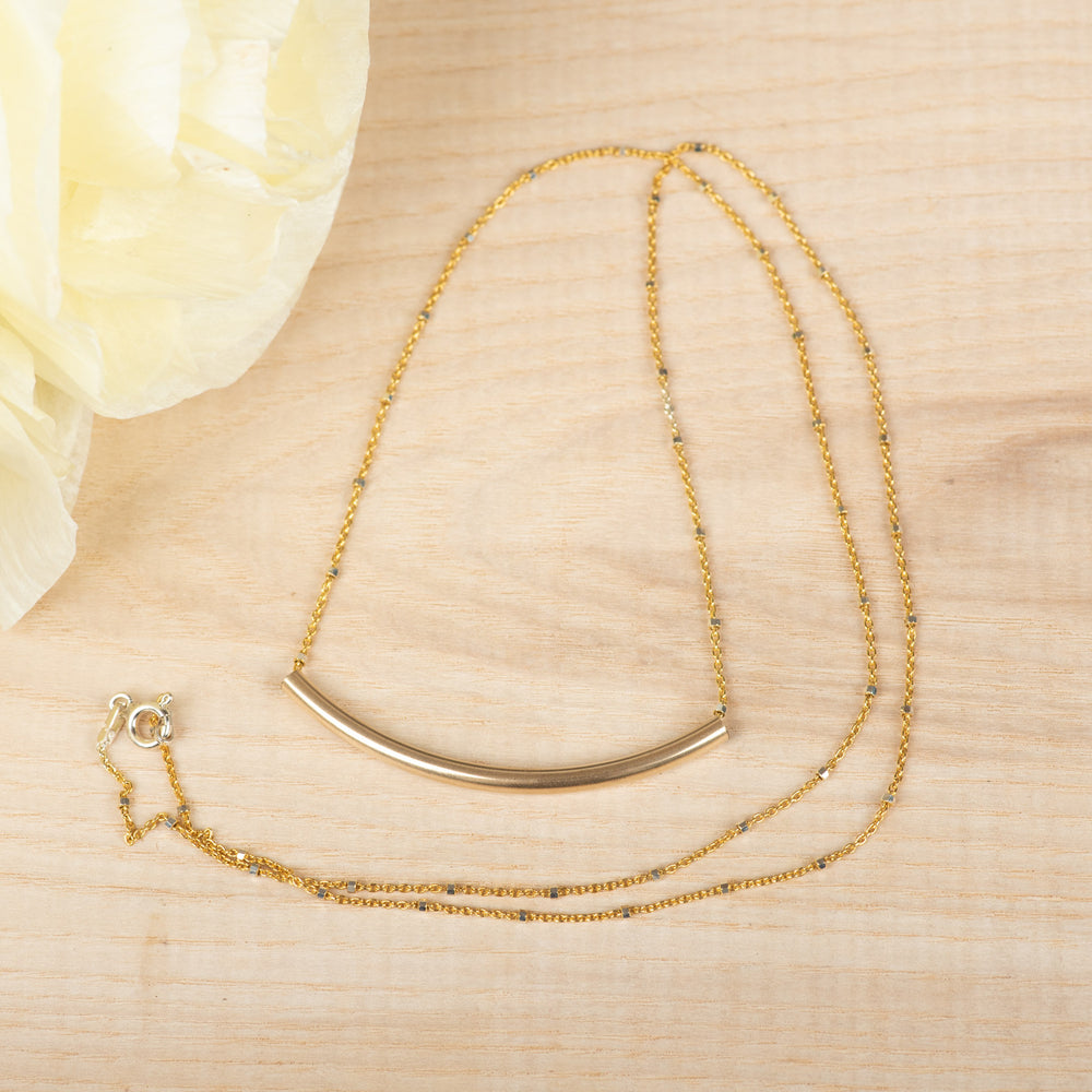 Extra Long Simple Curve Necklace