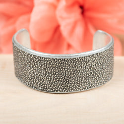 Disco Silver Stingray Cuff