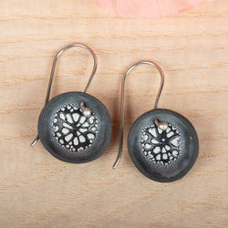 Single Pod Crackle Earrings