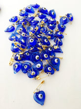 Glass wedding favors evil eye - 25pcs -  unique wedding favors - tiny evil eye safety pins - wedding favor - evil eye bead - nazar boncuk - Evileyefavor