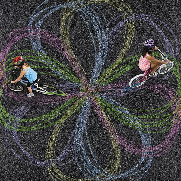 children's chalk bicycle attachment to let your kids draw while they ride bike