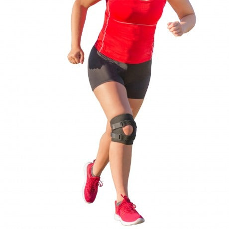 Short and lightweight patella tracking brace for patellofemoral pain syndrome