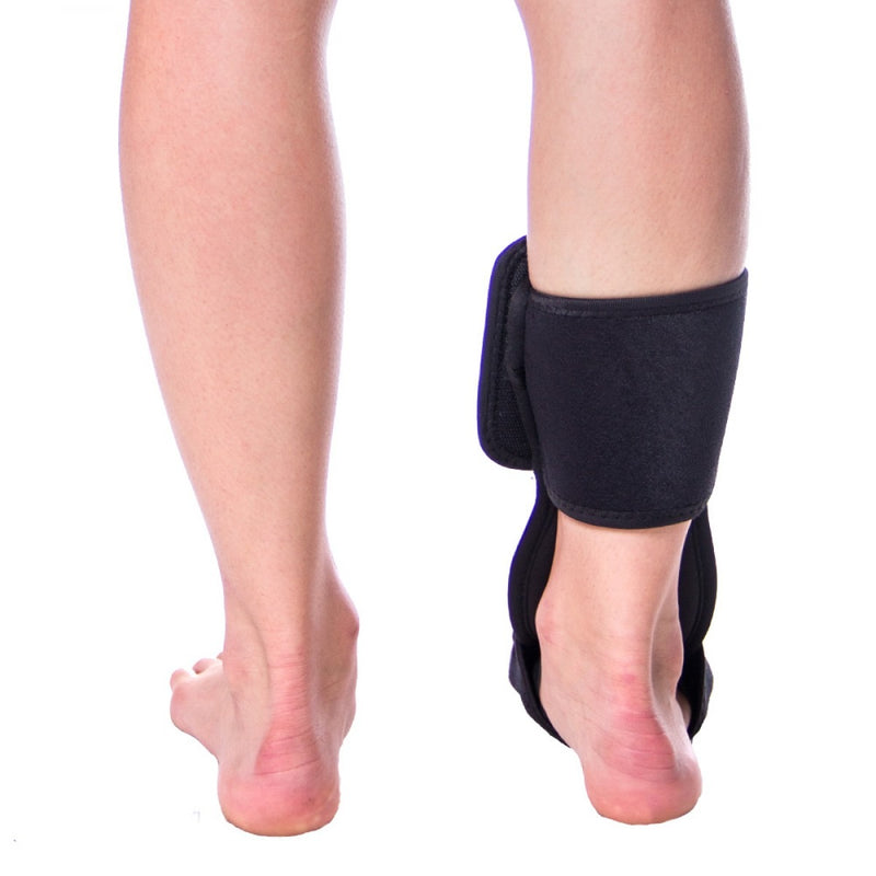 Soft night splint secures and stabilizes your foot and ankle, leaving your heel open