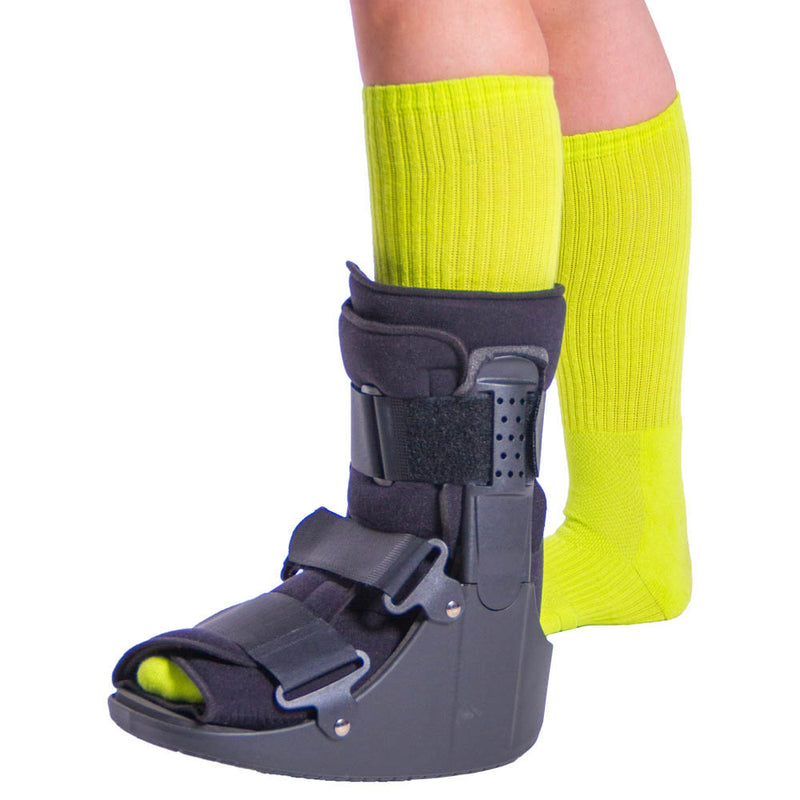 Short Broken Toe Walking Boot for Fractures & Foot Injury Recovery - M