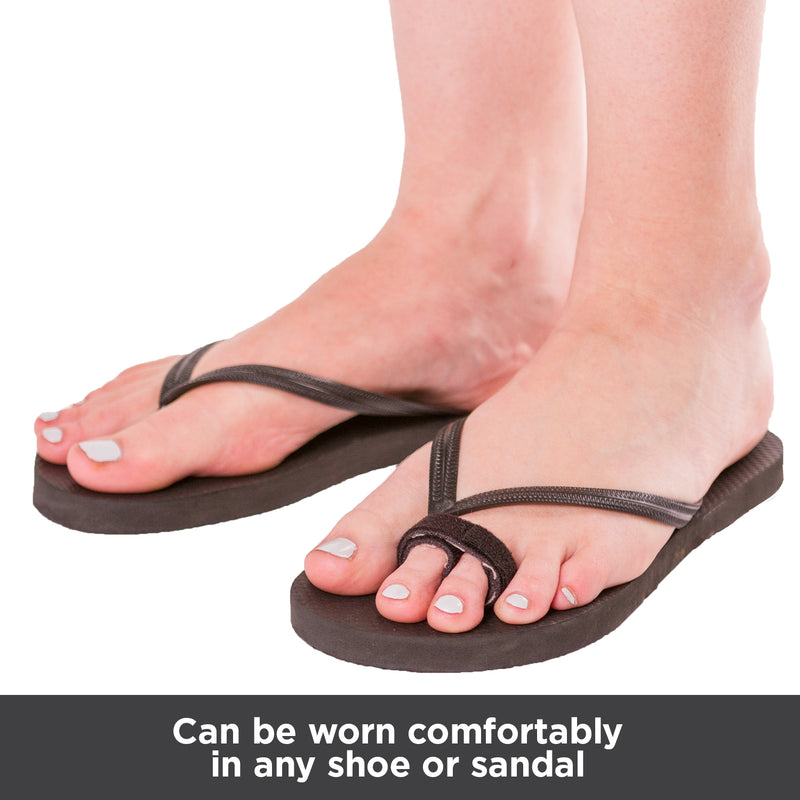 Broken or sprained toe wraps can be worn in any shoe or sandal