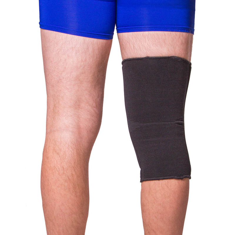 Full-coverage knee sleeve comes in a discreet black color
