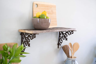 BarnwoodUSA Rustic Wooden Shelf with Victorian Brackets