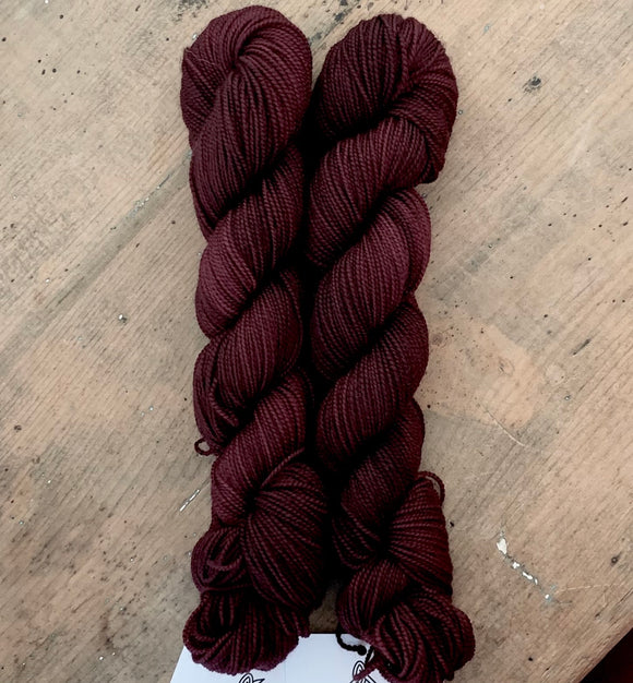 VINUM - Hand dyed, 4ply, high twist merino, 50g