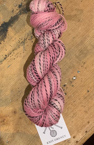 ROSEUS - on Zebra superwash merino 4 ply - 100g
