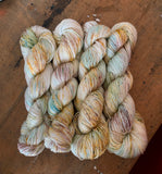 ANTIQUE BOOKSTORE - Silky Sport - 50% Merino / 50% silk - 100g hank