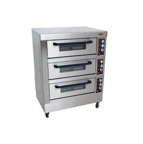 Triple Deck Oven 9 Tray DOA4003