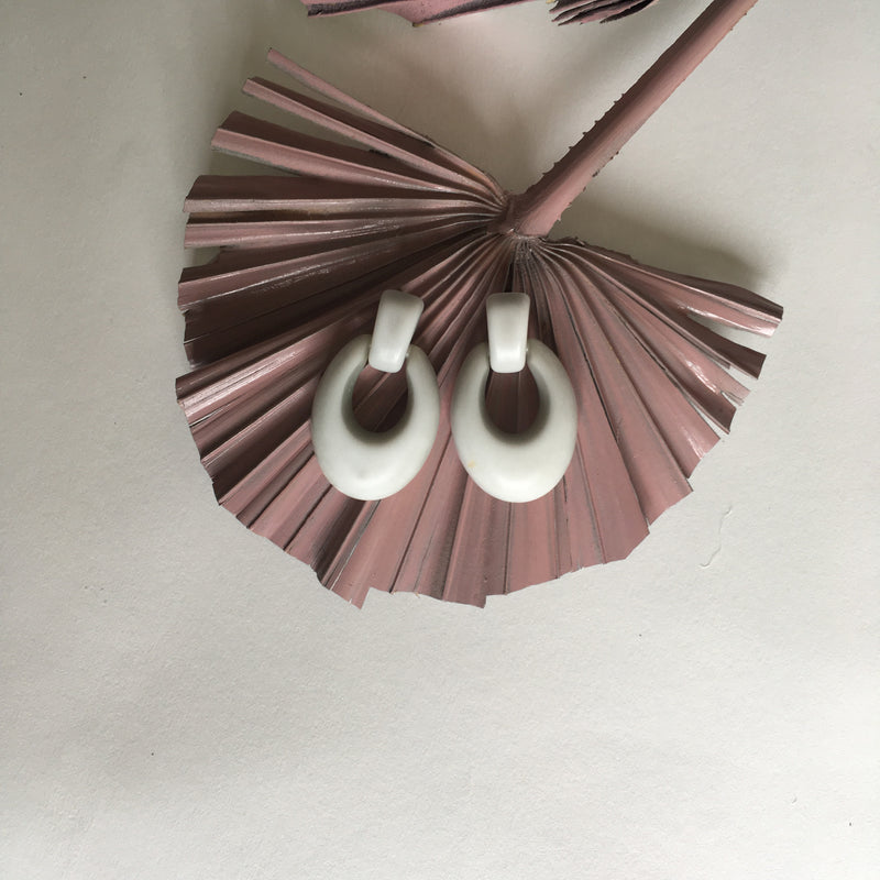 Vintage Opaque White Fashion Earrings
