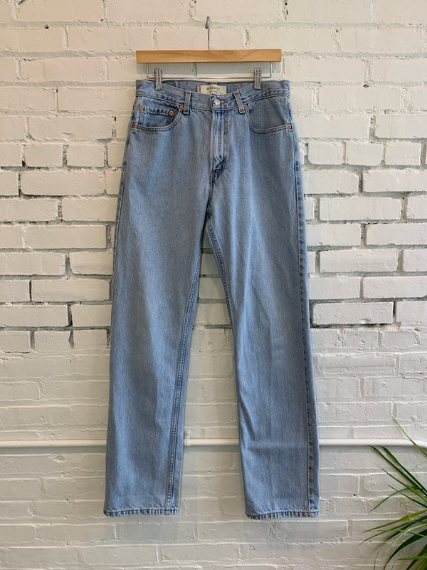 RESERVED -- Vintage Levi's 505 33x36 Light Wash (M)