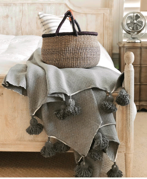 Aicha Pom Pom Throw - Heddle & Lamm