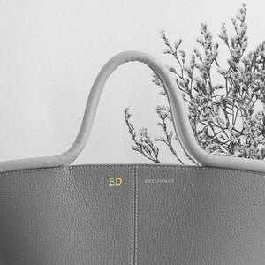 Classic Tote - Camel Pebble