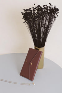 Edna Passport Wallet - Chocolate