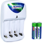 4 Slot Standard Battery Charger For AA And AAA Rechargeable Batteries