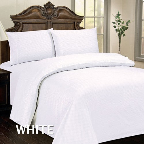4-Piece: Checkered Hotel Life Deluxe 300TC Sateen Sheet Set