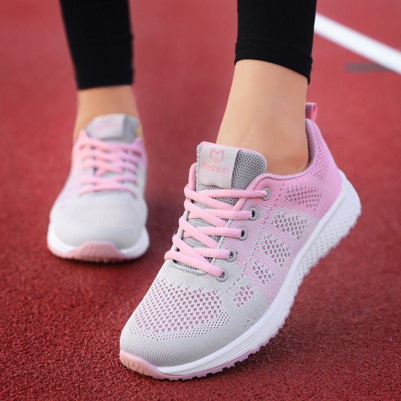 Woman's Lightweight Lace-Up Mesh Breathable Running Shoes