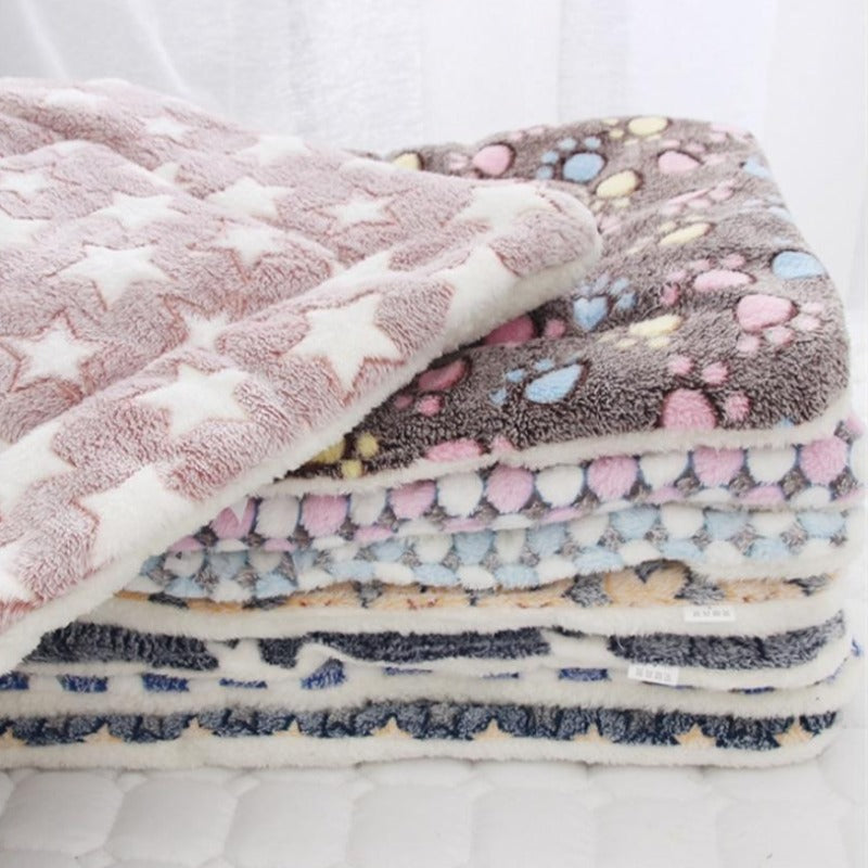 Fleece Soft Flannel Thickened Pet Blanket