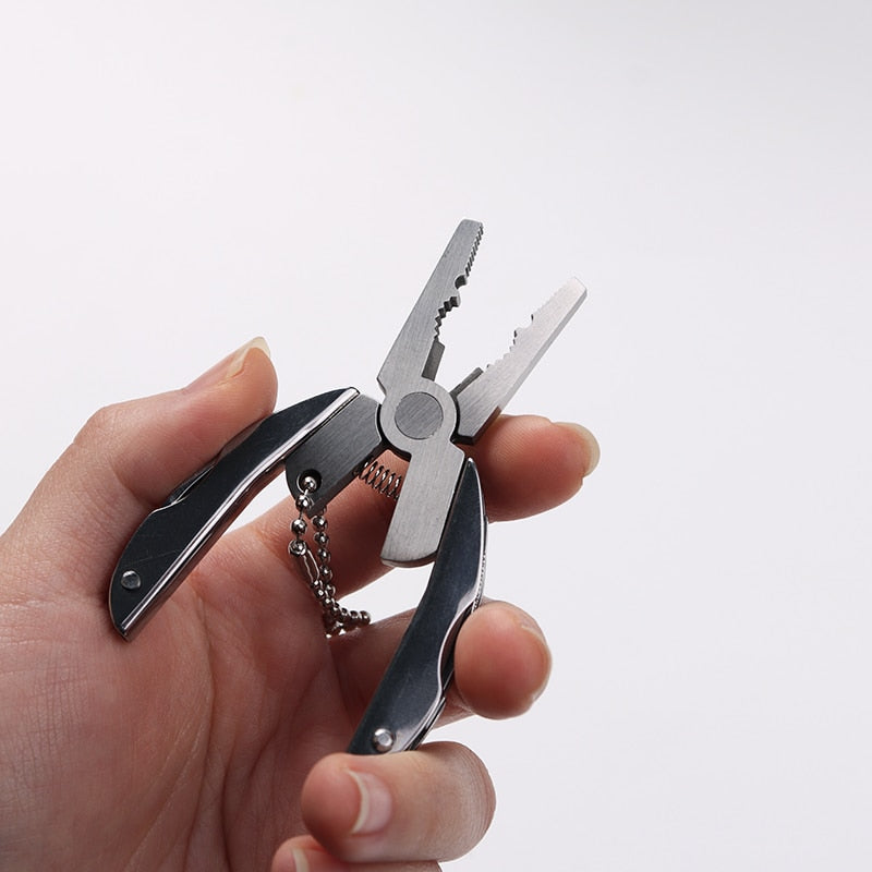 Stainless Steel Portable Multifunctional Keychain Tool