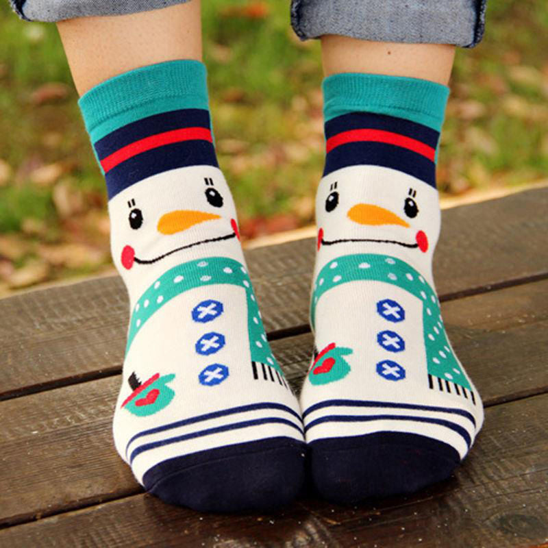 4 Pairs of Women's Cartoon Christmas Socks