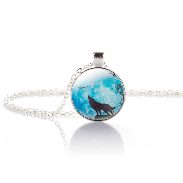 Necklace | Jewelry | Pendant | Silver | Chain | Glass | Women | Wolf | Moon