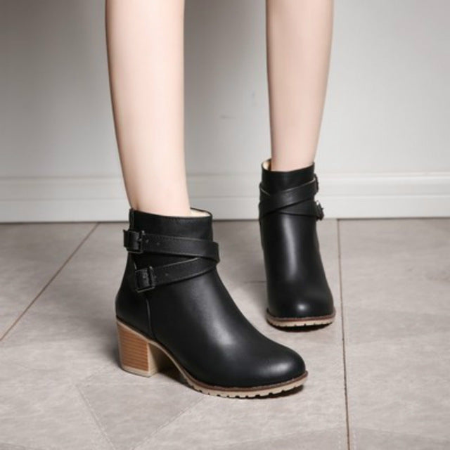 Women's Vintage Euro Style Boot with Zipper