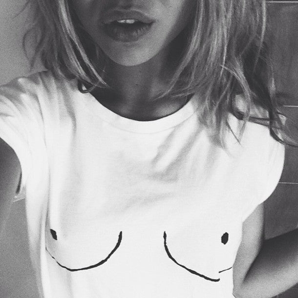 Cotton Womens T shirt White Tit Tee Breast Printed T-Shirt Emoji Tees Street Boob Harajuku Womens Tshirt M-3XL