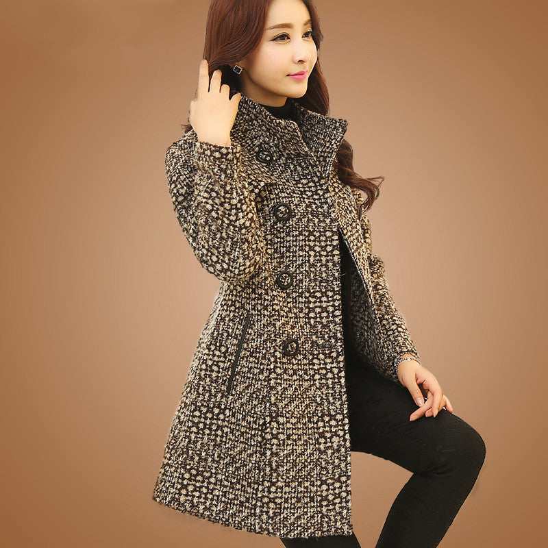 New Women's Wool Blends Coat Winter Autumn Fashion Elegant Mother Turtleneck Plaid Slim Long Tweed Woolen Outerwear Female