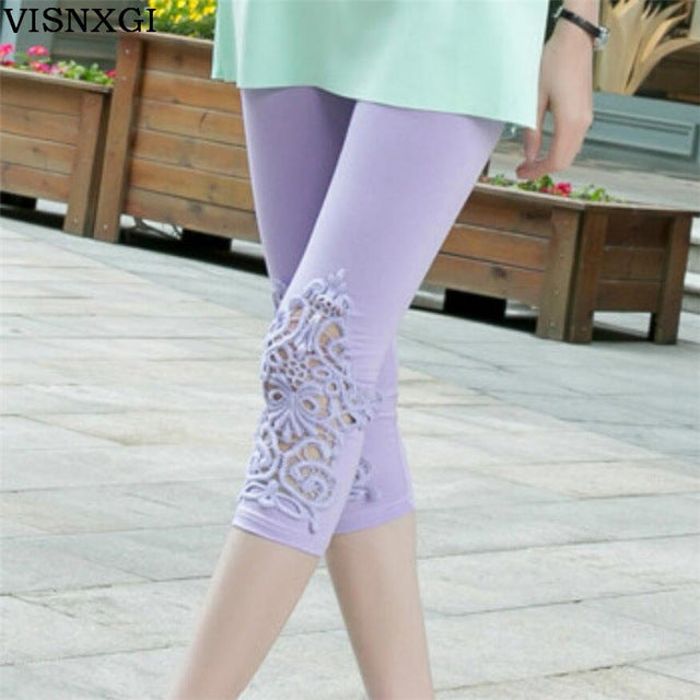 Women's Knitted Elastic Waist Calf-Length Capris