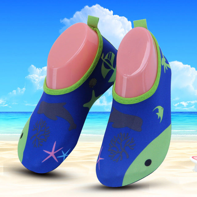 JACKSHIBO Summer Child Water Shoes Anti-skid Kids Sandals Breathable Vamp Quick Drying Slip-On for Girls Boys Beach Shoes