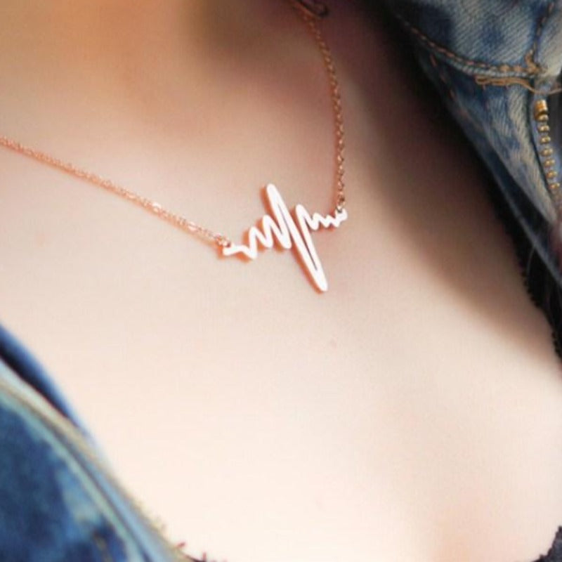 Heart Clavicle Necklace Chain Dainty Collares Minimalist Heartbeat Pendants Collier Women