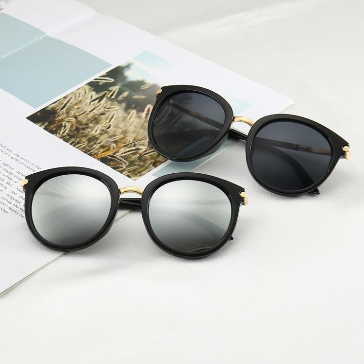 Women's Retro Reflective UV400 Flat Lens Sunglasses