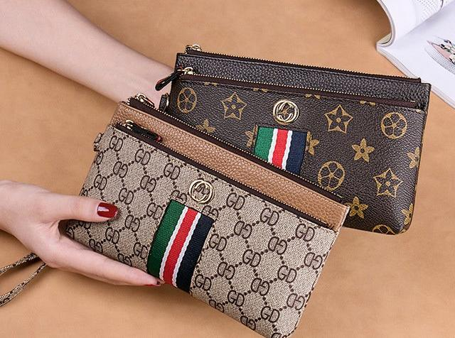 Women's Fashion Leather Clutch