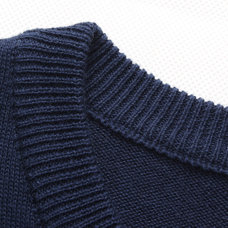 Men's Casual O-Neck Striped Slim Fit Pullover Sweater Neck Close Up